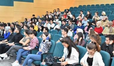 Öğrencilere etkili iletişim anlatıldı