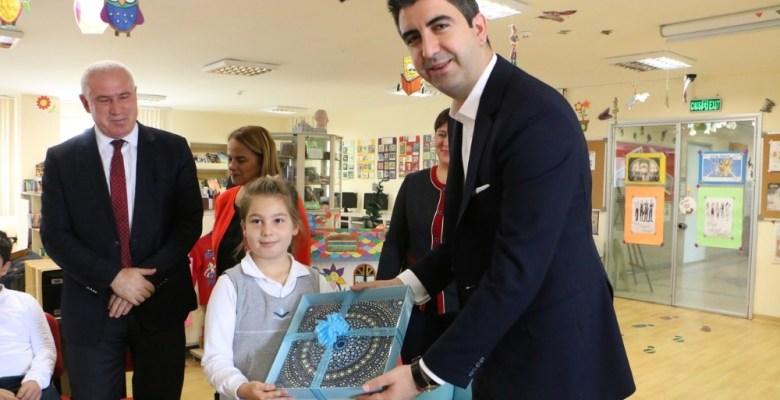 """Başkan Yüksel'den çocuklara """"Eğlenceli Çocuk Kütüphanesi"""" müjdesi"""