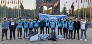 Bursa Ülkü Ocaklarından temizlik kampanyası