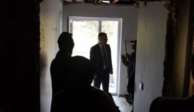 Evleri yanan 4 aileye Büyükşehir'den yardım eli