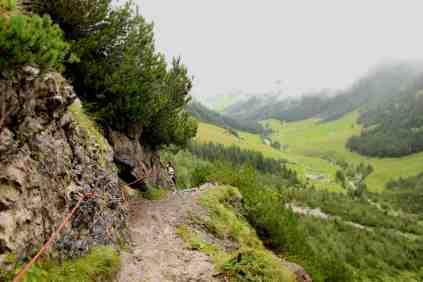 Hiking through the Gemsteltal