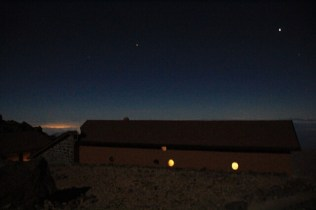 Refugio Altavista on the Pico del Teide at night
