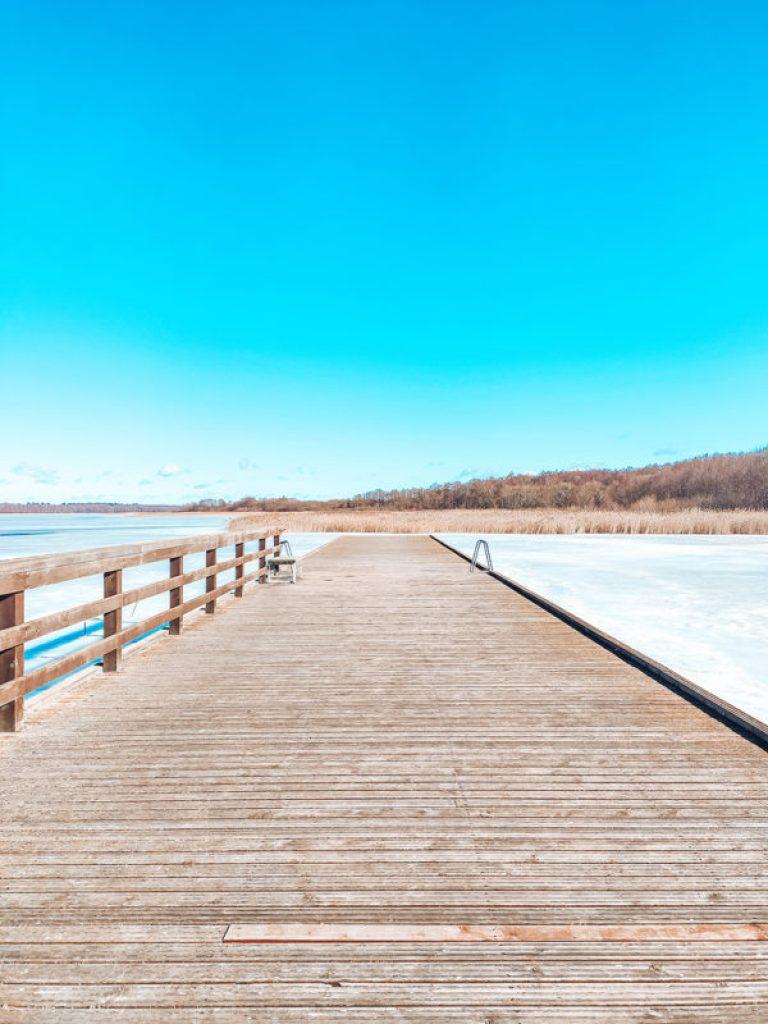 pomost molo jezioro ros pisz