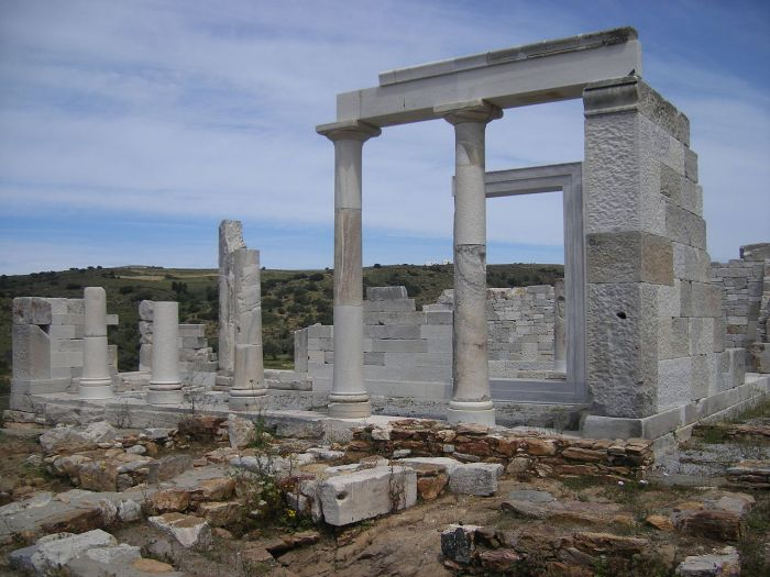 1280px-Temple_Demeter_Naxos_1