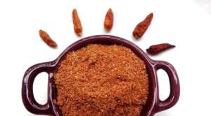 Faire un berberé, le célèbre mélange d'épices berbères