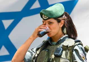 Vegan-soldiers-complain-to-Israeli-Defense-Forces