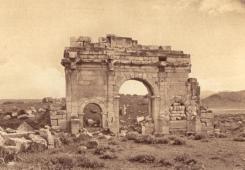 VESTIGES ROMAINS ET HAUTS PLATEAU 00014 ZANA ARC A TROIS BAIES DE MACRIN