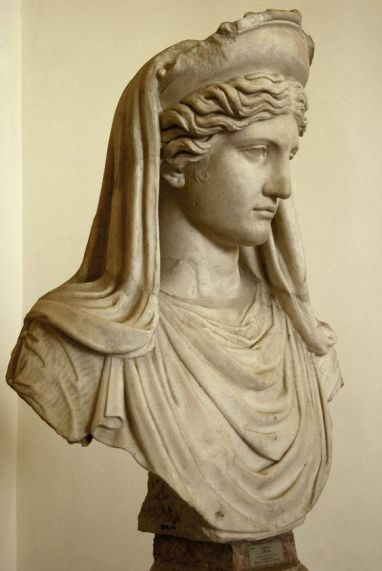 Demeter (Ceres) Ludovisi. Coarse marble. Roman copy of the 2nd century A.D. after a Greek model of the 5th—4th centuries B.C. Inv. No. 8596. Rome, Roman National Museum, Palazzo Altemps.