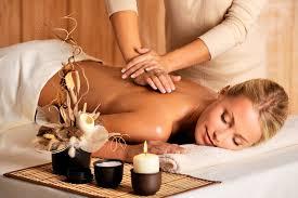 séance de massage relaxant a 120 DH au lieu de 200 DH