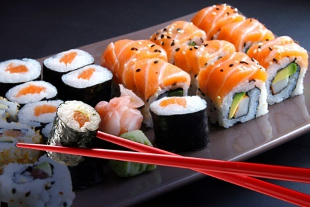 assortiment de 24 pièces de sushi