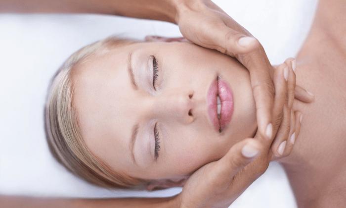 La luminothérapie pour une peau zéro défaut