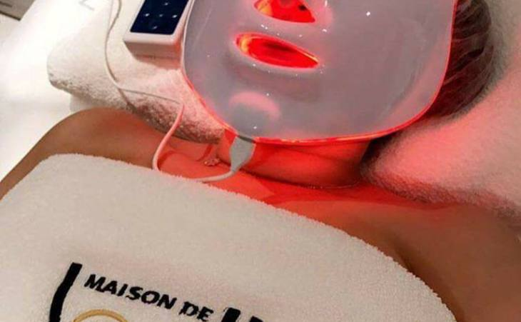 Soin visage luminotherapie