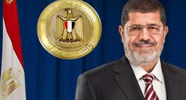 دعوى قضائية تؤكد عودة مرسى للحكم  وشرعيته حال رفض المصريين للدستور