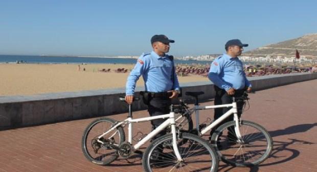 شرطة الدراجات الهوائية تدخل إلى كورنيش أكادير و الإستعدادات الأمنية على قدم وساق