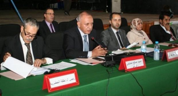 المجلس الجماعي لأكادير يسعى إلى تقنين منح الجمعيات ووضع هيكلة تنظيمية في دورته الاستثنائية