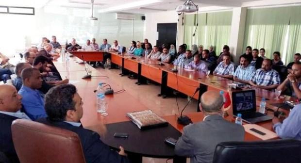 لقاء تواصلي مع موظفات وموظفي المصالح الداخلية للإدارة الإقليمية لمديرية انزكان ايت ملول