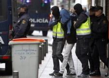 اعتقال مغربي بفلنسية بإسبانيا لتمجيده الإرهاب