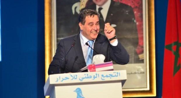 عزيز أخنوش، رئيس التجمع الوطني للأحرار، يقول إنه لا يهتم كثيرا بعدد الحقائب التي سيتولاها حزبه
