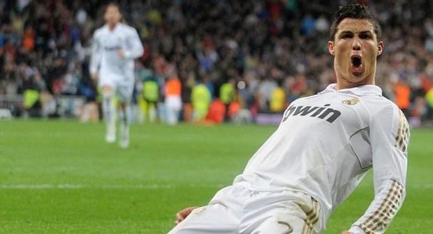 ريال يسحق أتليتيكو في قمة مدريد بفضل ثلاثية رونالدو