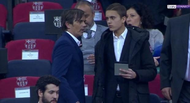 خليفة إنريكي تابع مباراة برشلونة من المدرجات!