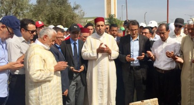 """جنازة نقيب المحاميين""""محمد عبد الله الهادي القباب"""" كانت أرضية خصبة لعلاج الجراح التي خلفها المؤتمر 17 لحزب الاستقلال"""