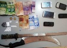 ايت ملول: ايقاف 5 أشخاص متورطين في قضايا تتعلق بالاتجار بالأقراص المهلوسة، السرقة تحت التهديد بالسلاح الأبيض، الفساد وإعداد منزل للدعارة.