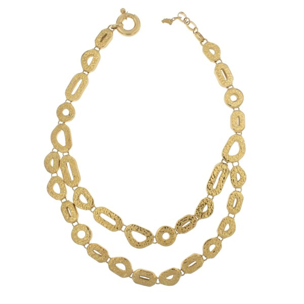 Necklace in yellow gold with hammered manufacturing.