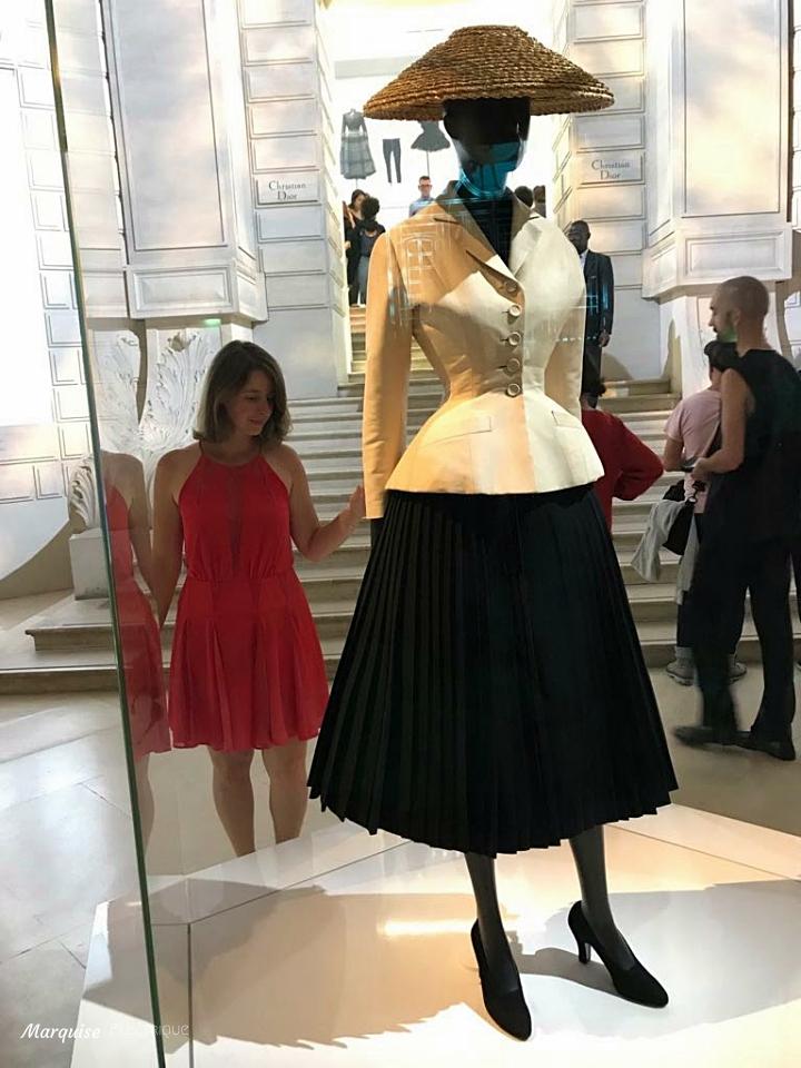 robe dior expo tailleur bar