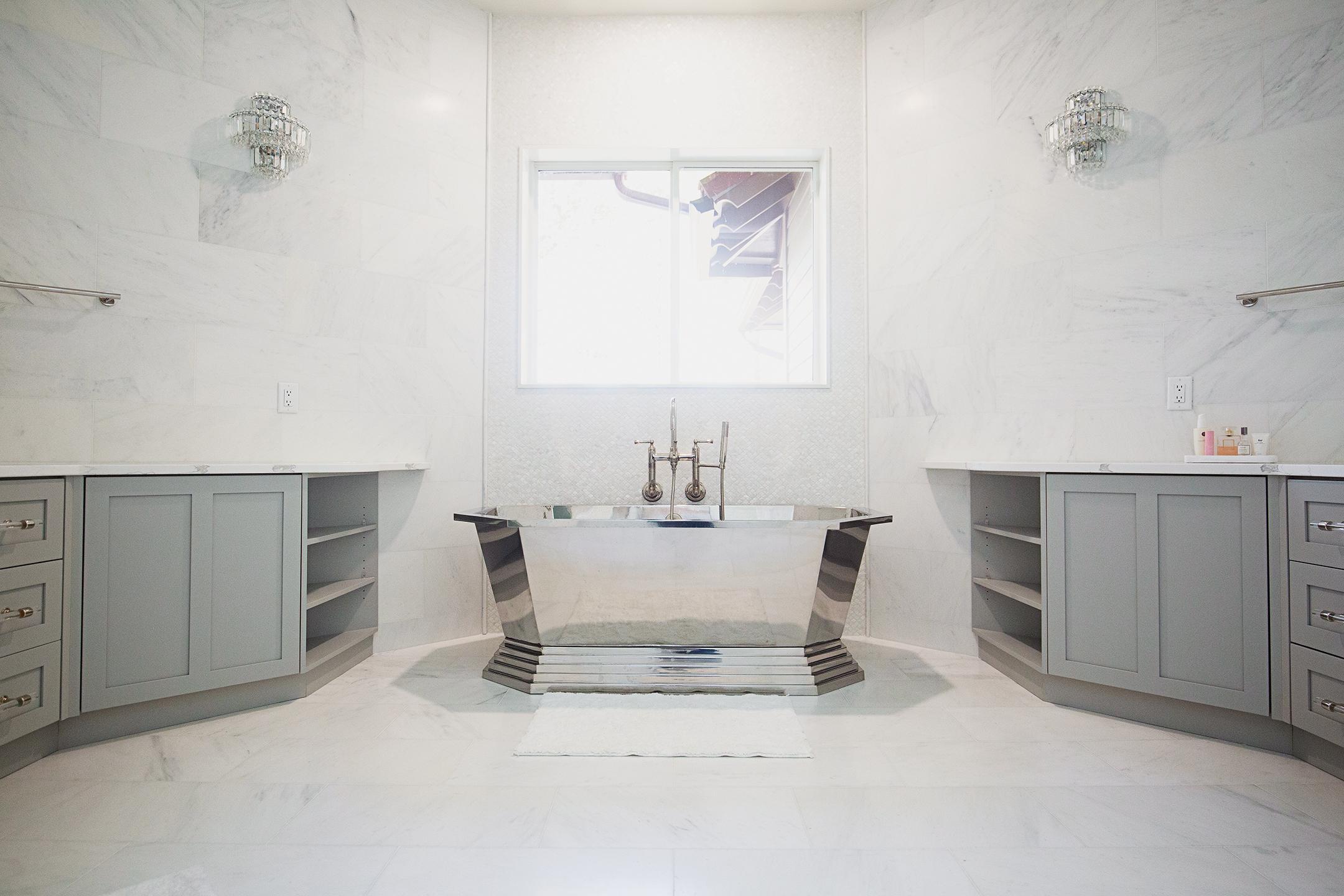 Marquis-Classico-Master-Bath1