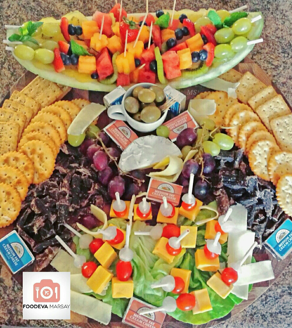Cheese and Fruit Board - DIY IDEA
