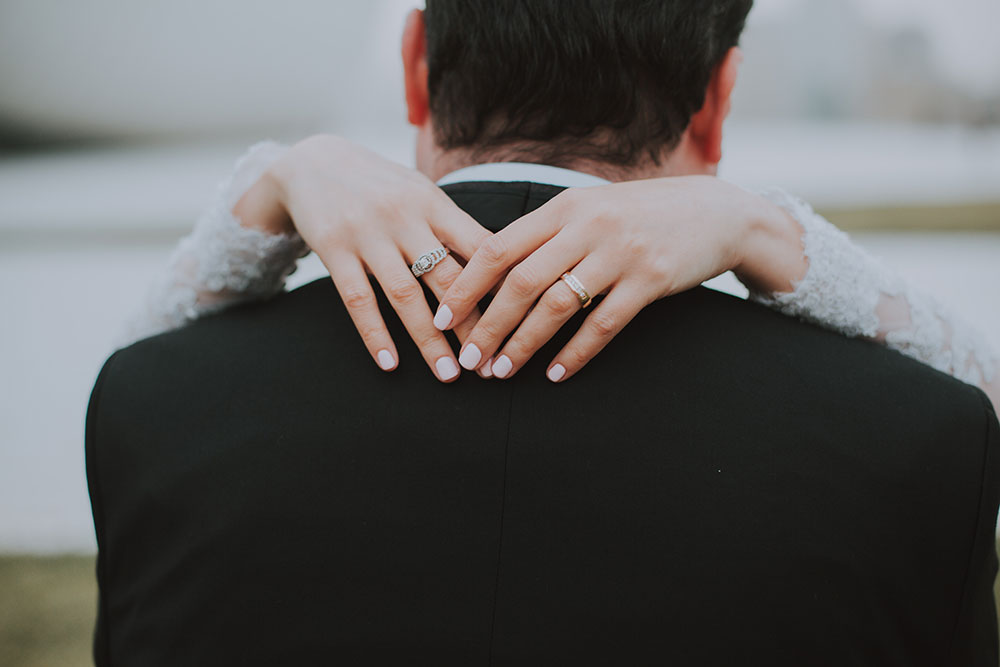 27 Ways To Immediately Connect With Your Spouse