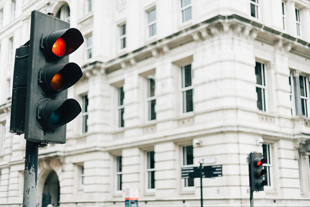 How Traffic Lights Can Help Your Pre-Marriage Ministry