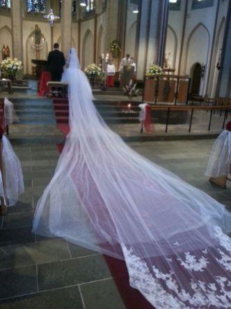 Maßanfertigung Brautkleid