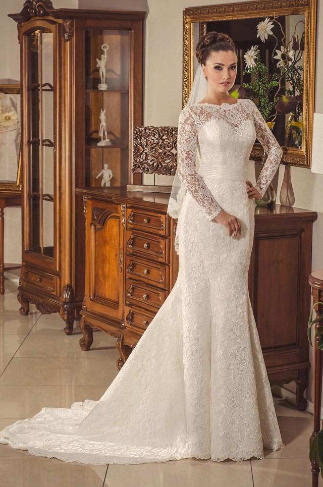 Brautkleid figurbetont