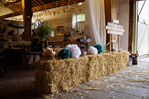 Rustic barn Wedding by Toast Photography
