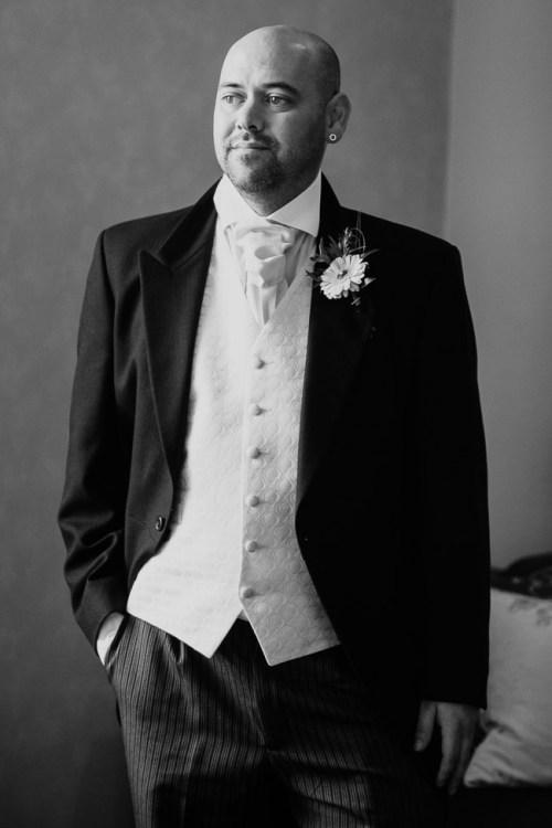 Wiltshire_Wedding_Photographer-22