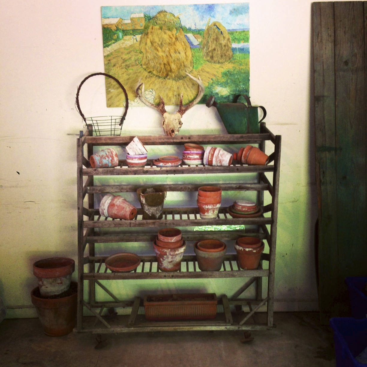 wine rack, terra cotta pots