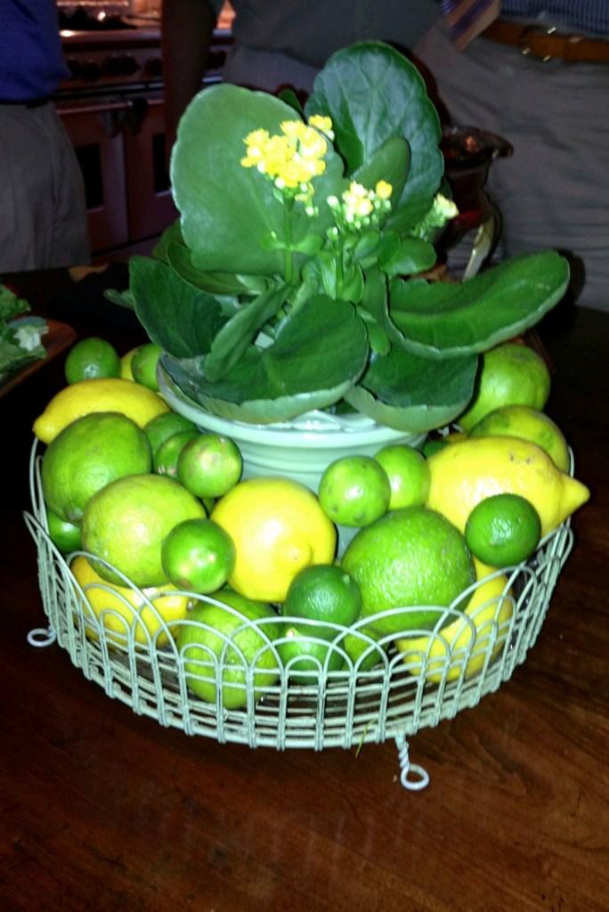 lemons, limes, cholancho