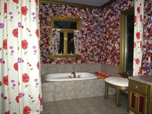 flower bathroom