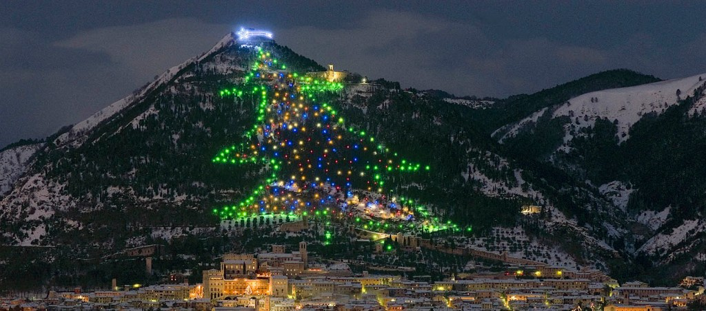 Italy ChristmasGubbio-christmas-tree-2013-rit