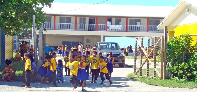 Majuro schools get WASC thumbs up