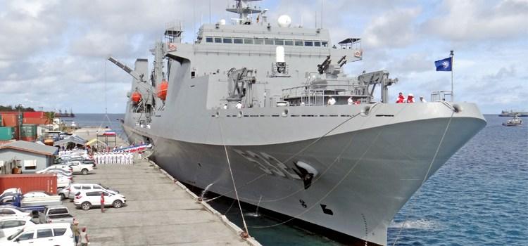 Taiwan Navy hits town