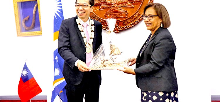 New ROC envoy in Majuro