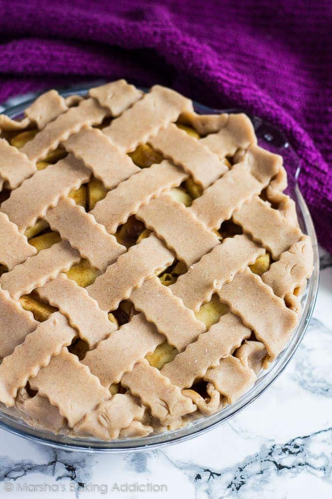 Homemade Apple Pie | marshasbakingaddiction.com @marshasbakeblog