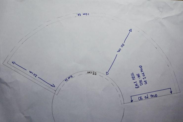 Back frill pattern layout