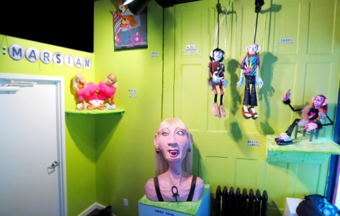 Puppet Trash, AS220, Providence, 2004, Photo: Marsian De Lellis