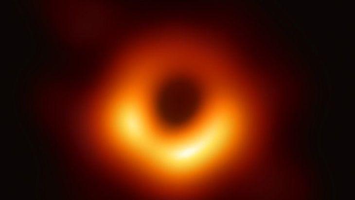 _106360830_blackhole