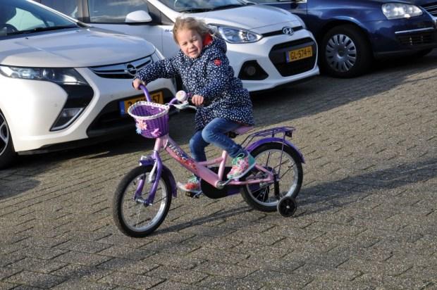 Even uitwaaien in het zonnetje, lekker sportief op de fiets.