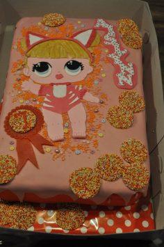 lol surprise birthdaycake