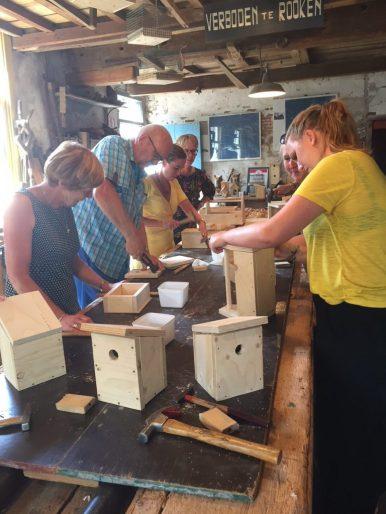 vogelhuisje timmeren timmerfabriek